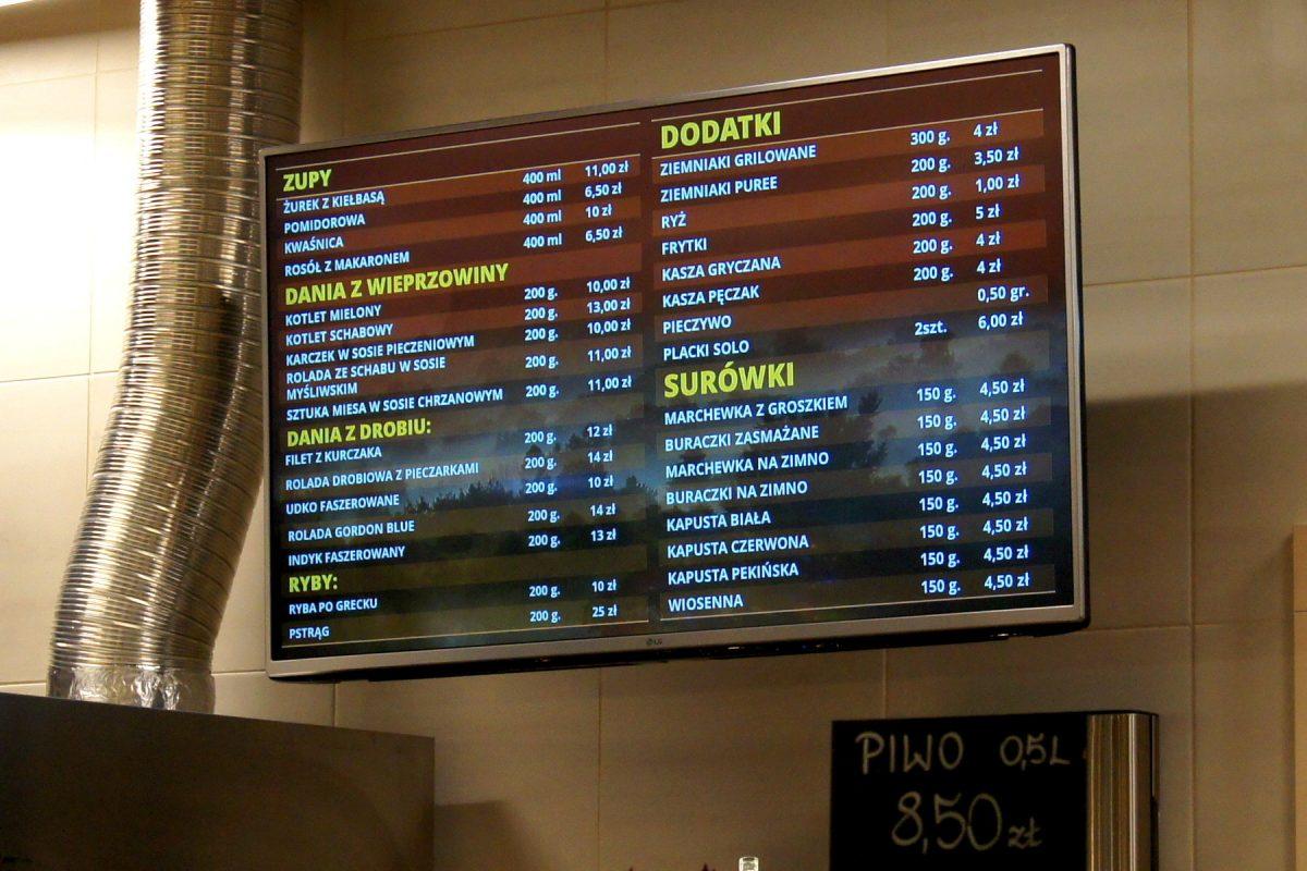 Monitory restauracyjne i system kolejkowy w restauracji Jadło Staropolskie